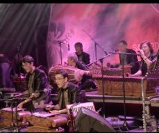 thumbnail_kayu-gangsa-malay-gamelan-ensemble-nottingham-performing-adrian-lee27s-music-at-trafalgar-square